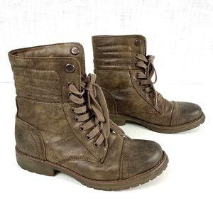 Roxy Flynn quilted lace-up combat boots, size 7.5